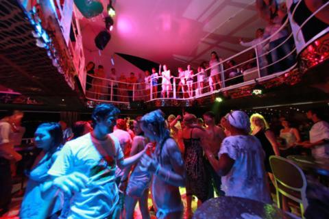 Частные фотографии с вечеринок фото 295-366